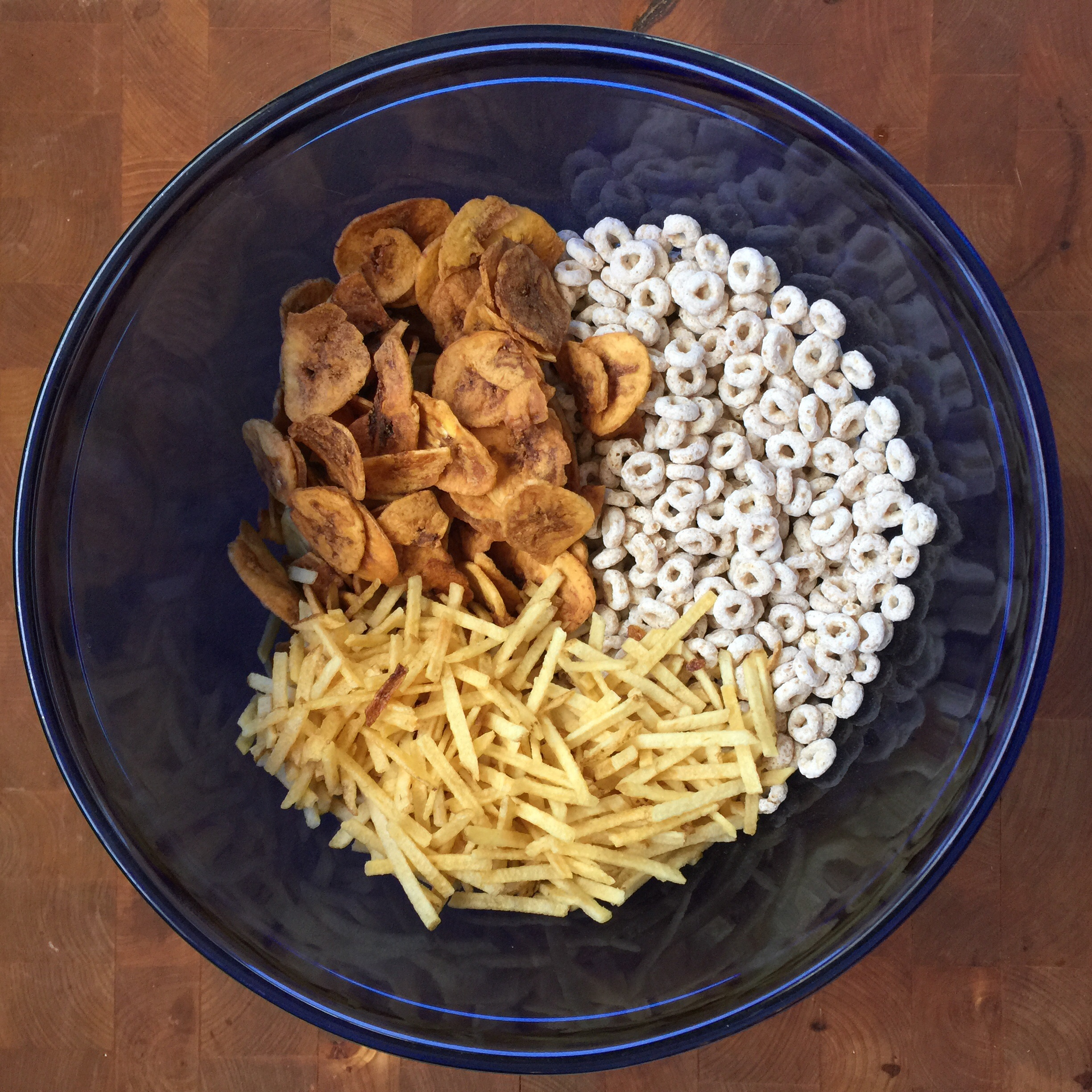 Frosted Cheerios™ Snack Mix