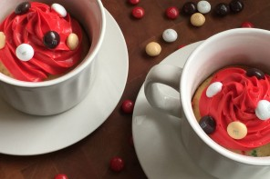 M&M'S® Hot Chocolate Holiday Funfetti Mug Cake