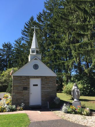 The Smallest Church in 48 States - Our Lady of the Pines