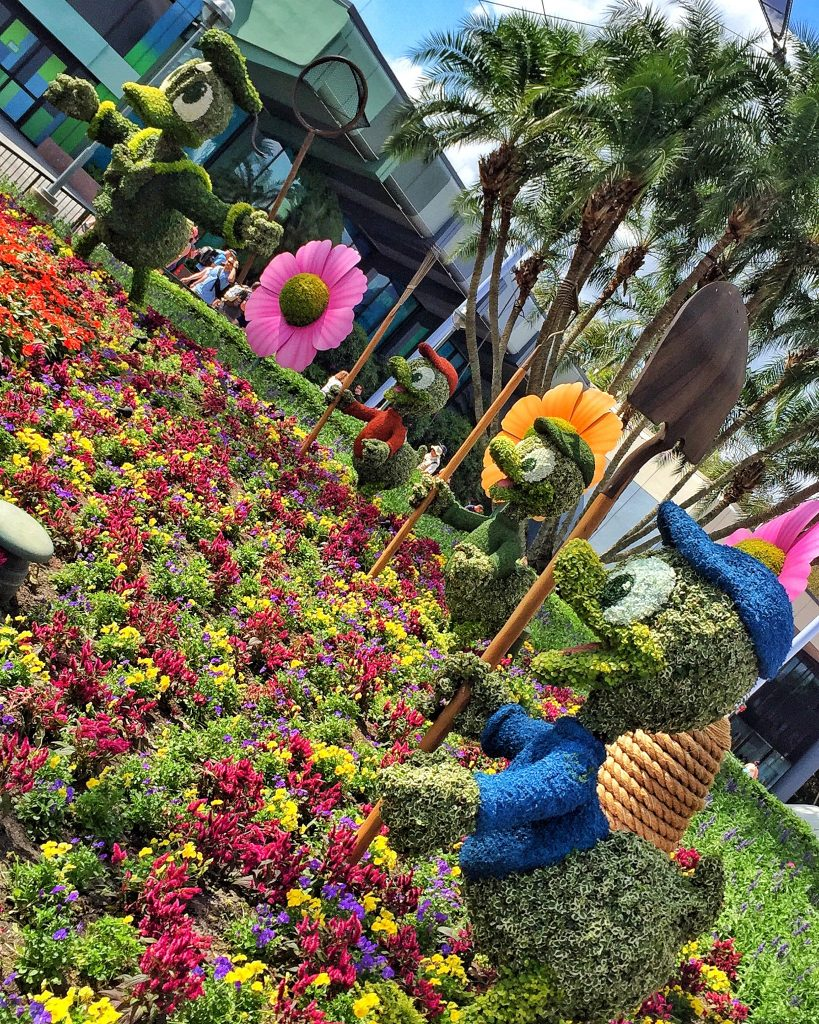 Epcot International Flower and Garden Festival Donald a Topiary